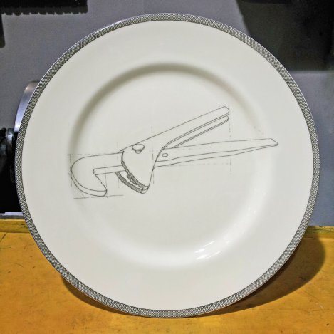 wrench dinner plate